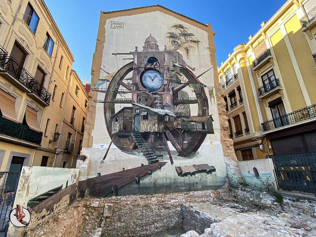 Arte urbano Zamora fachada paso del tiempo