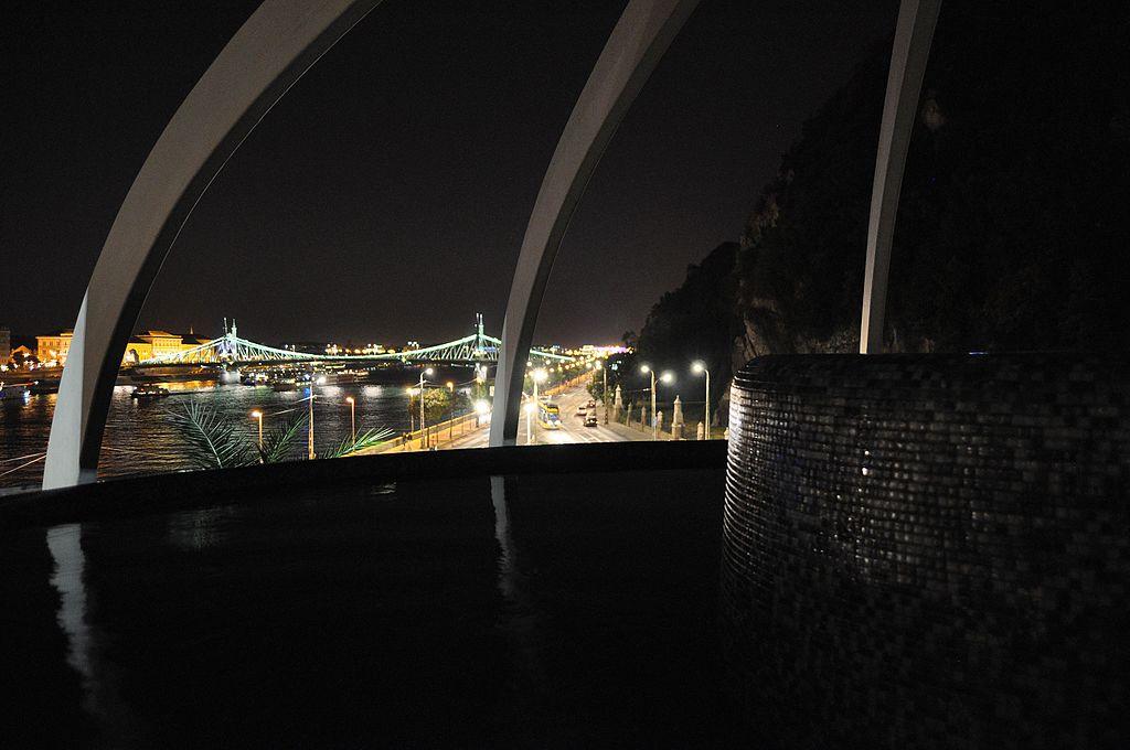 Balnearios de Budapest Rudas cupula