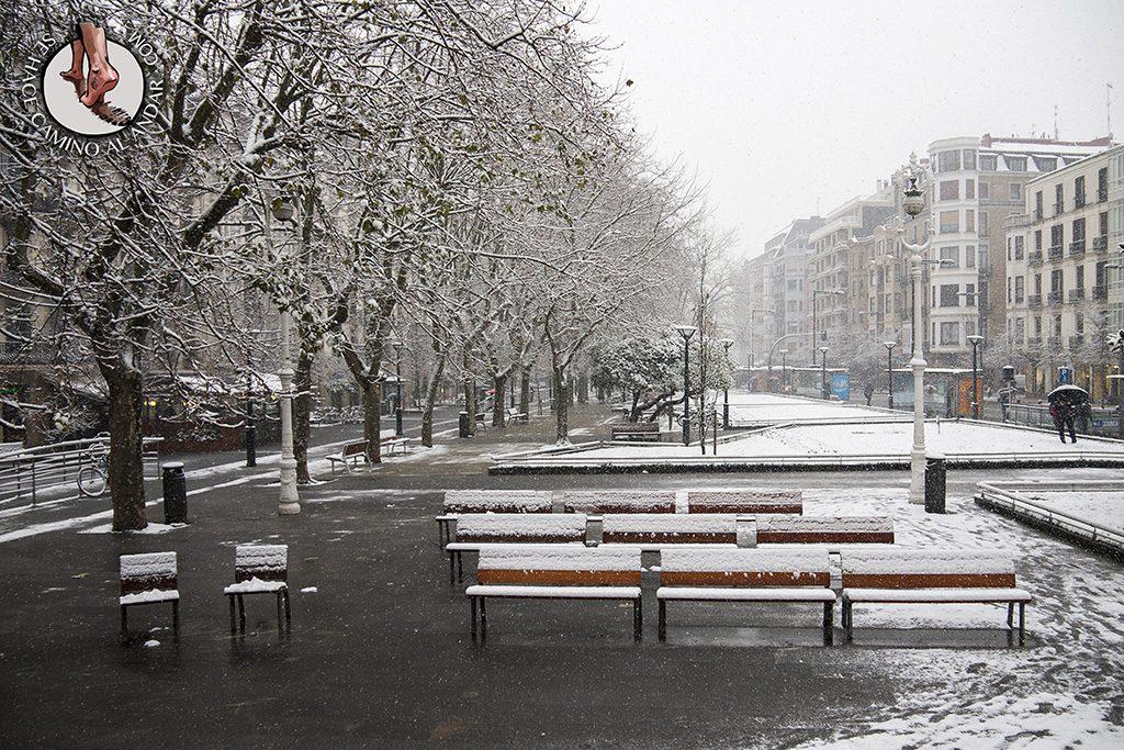 Bancos Boulevard nevado