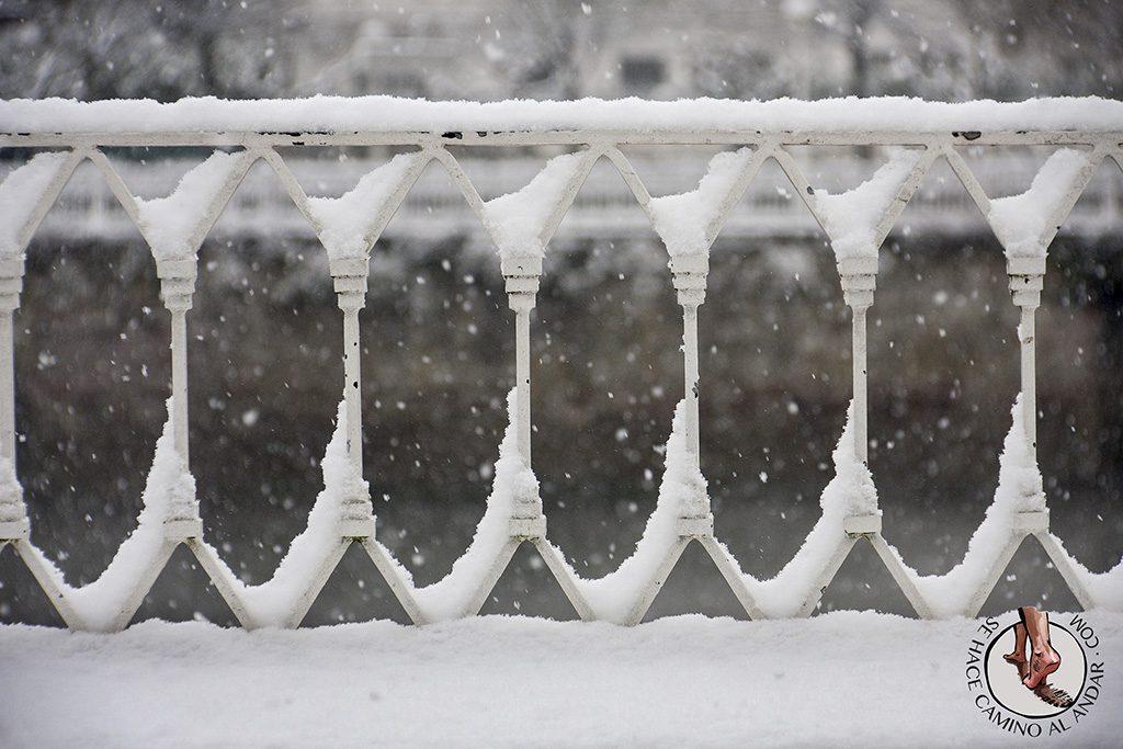 Barandilla Paseo Francia nieve