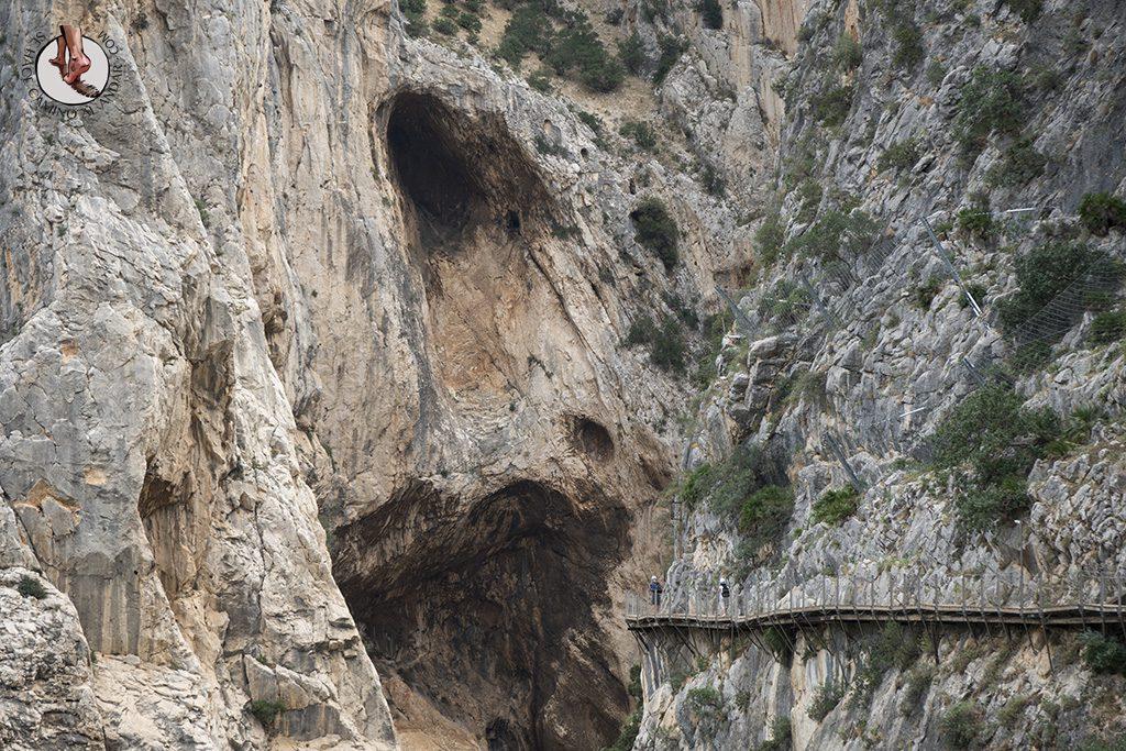 Caminito del Rey pasarela entre roca