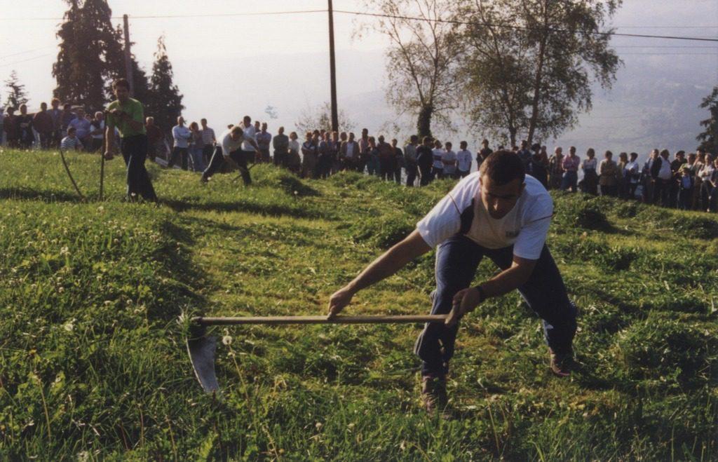 Deportes rurales vascos Herri Kirolak sega siega segalari
