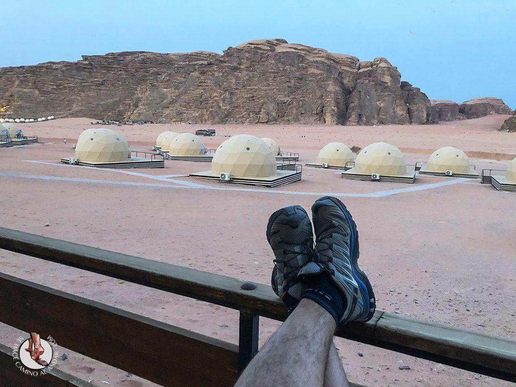 Dormir en el desierto de Jordania haima balcon