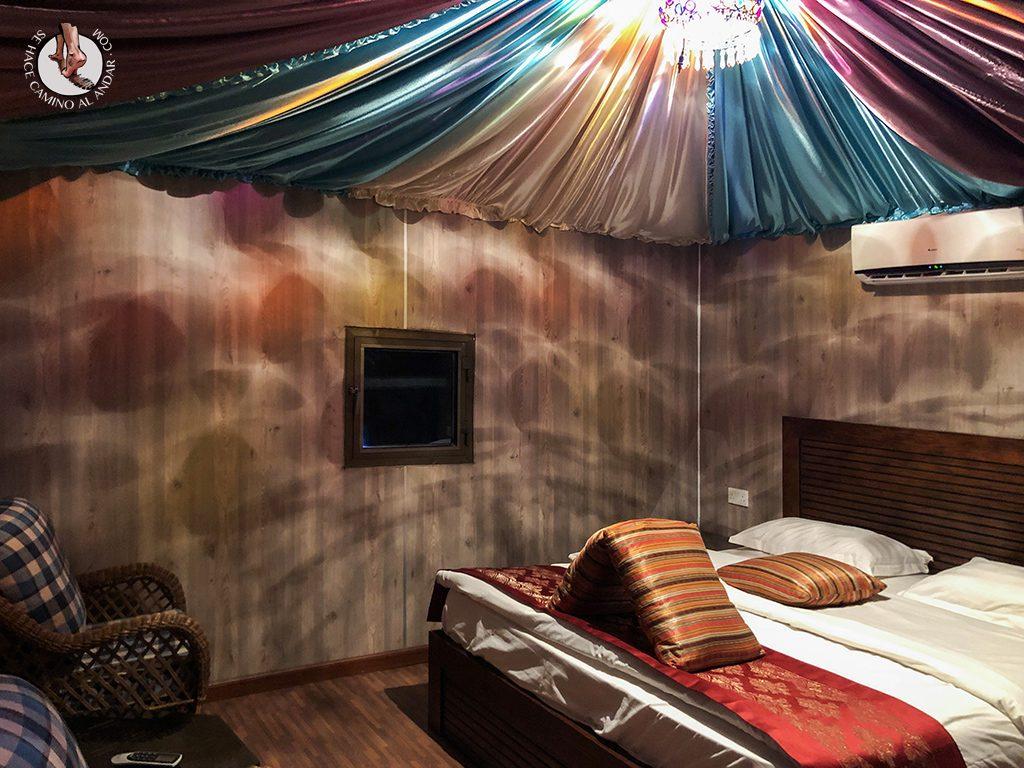 Dormir en el desierto de Jordania haima habitacion