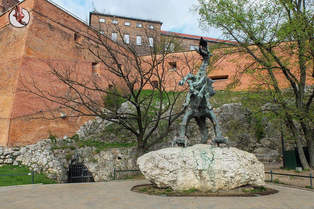 Dragón Cueva Wawel Cracovia