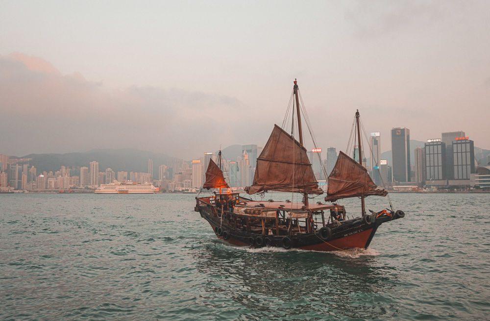 Entrevista billete de ida Come Ama Viaja honk kong