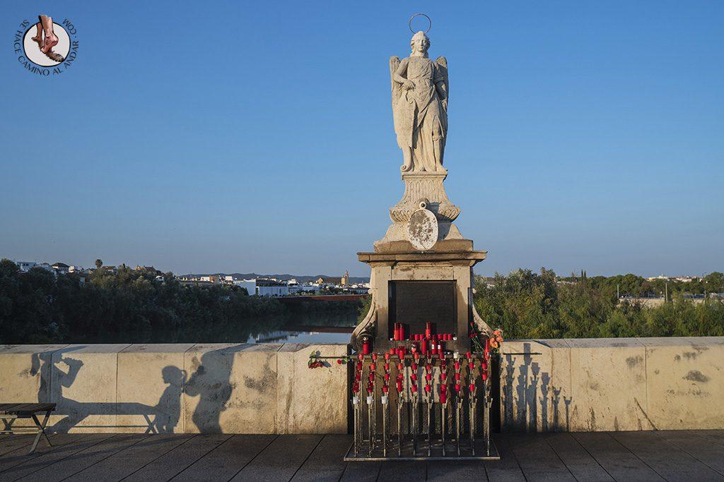 Estatua puente de piedra Cordoba