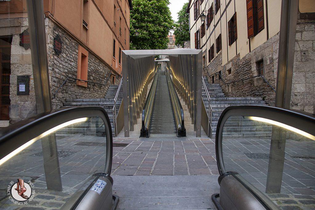 Imprescindible Vitoria casco antiguo escaleras