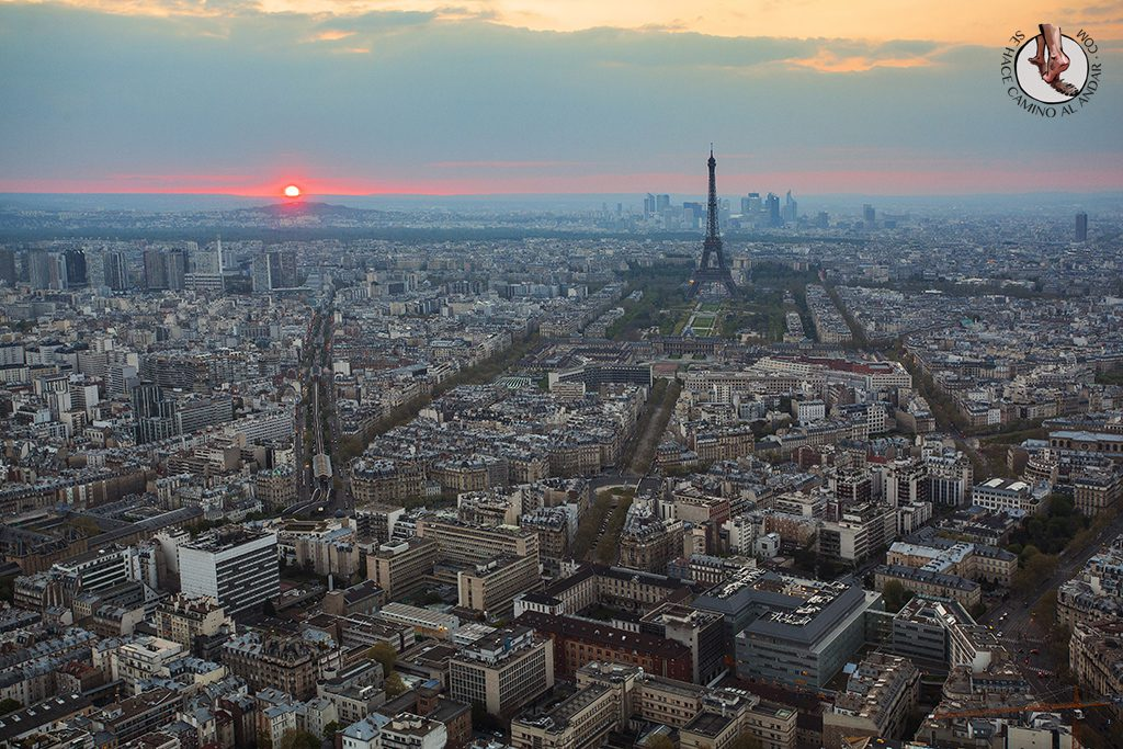 Miradores de Paris Montparnasse Torre Eiffel atardecer