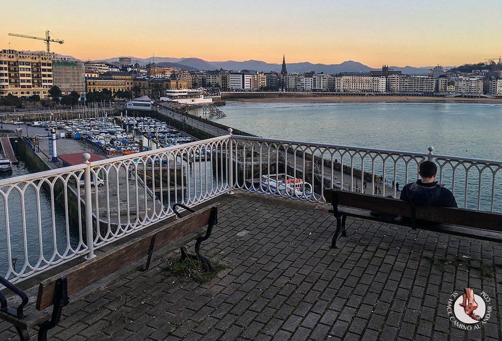Miradores de San Sebastián banco paseo de los curas