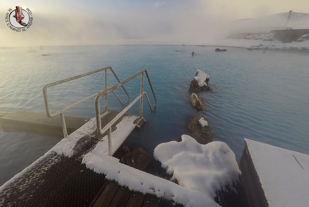 Myvatn Nature Baths escalera lago