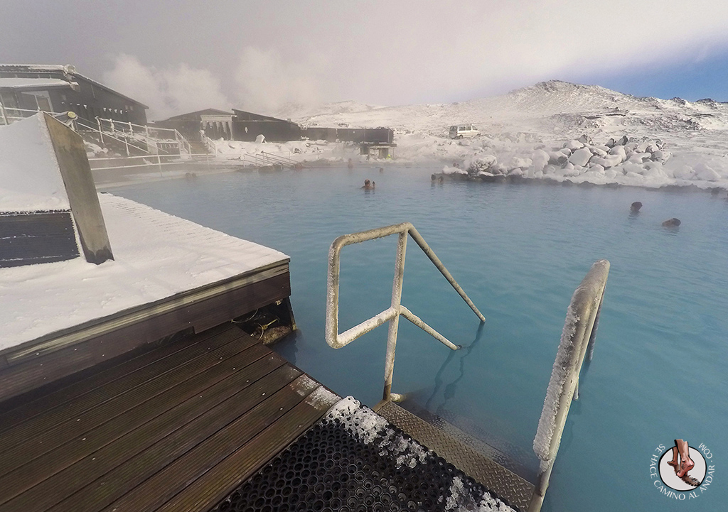 Myvatn Nature Baths escaleras acceso lago