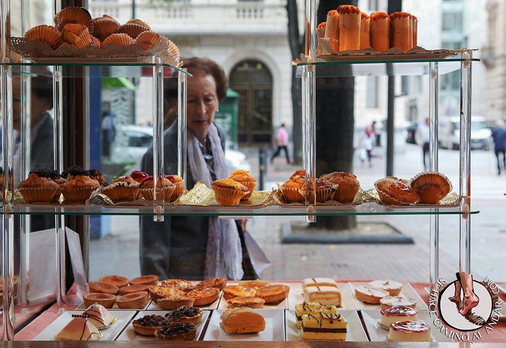 Pasteles de Bilbao escaparate pasteleria
