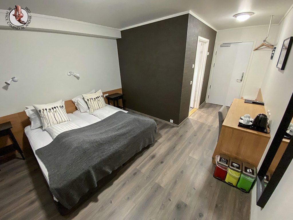 Presupuesto Islandia Fosshotel Nupar habitacion