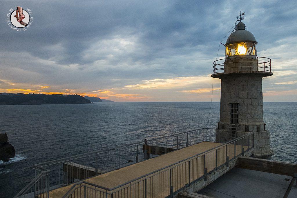Pueblos mas bonitos de Euskadi Lekeitio faro Santa Catalina