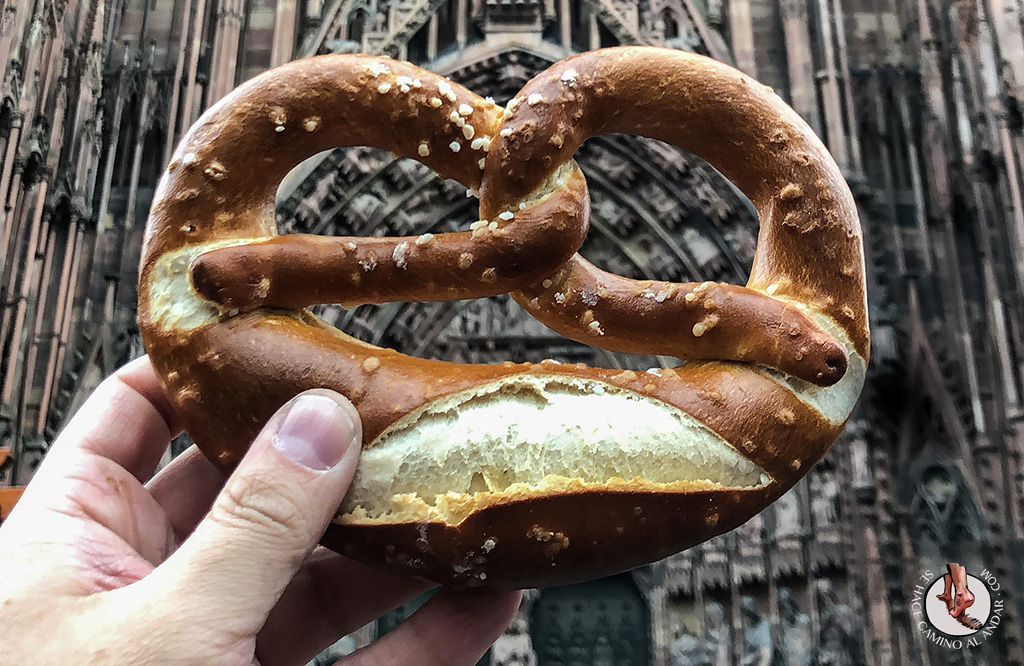Que comer en Alsacia Pretzel