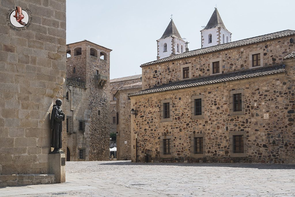 Que ver en Caceres Concatedral Santa Maria San Pedro Alcantara
