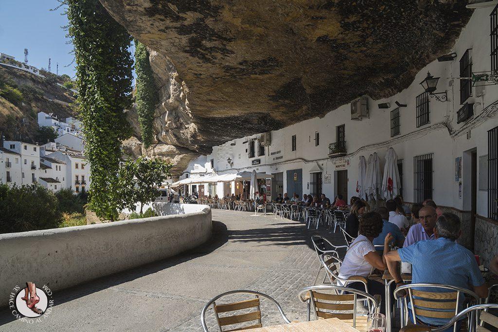 Tapeo Calle Cuevas del Sol Setenil
