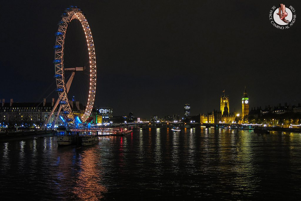 Vistas London Eye Golden Jubilee Bridge noche