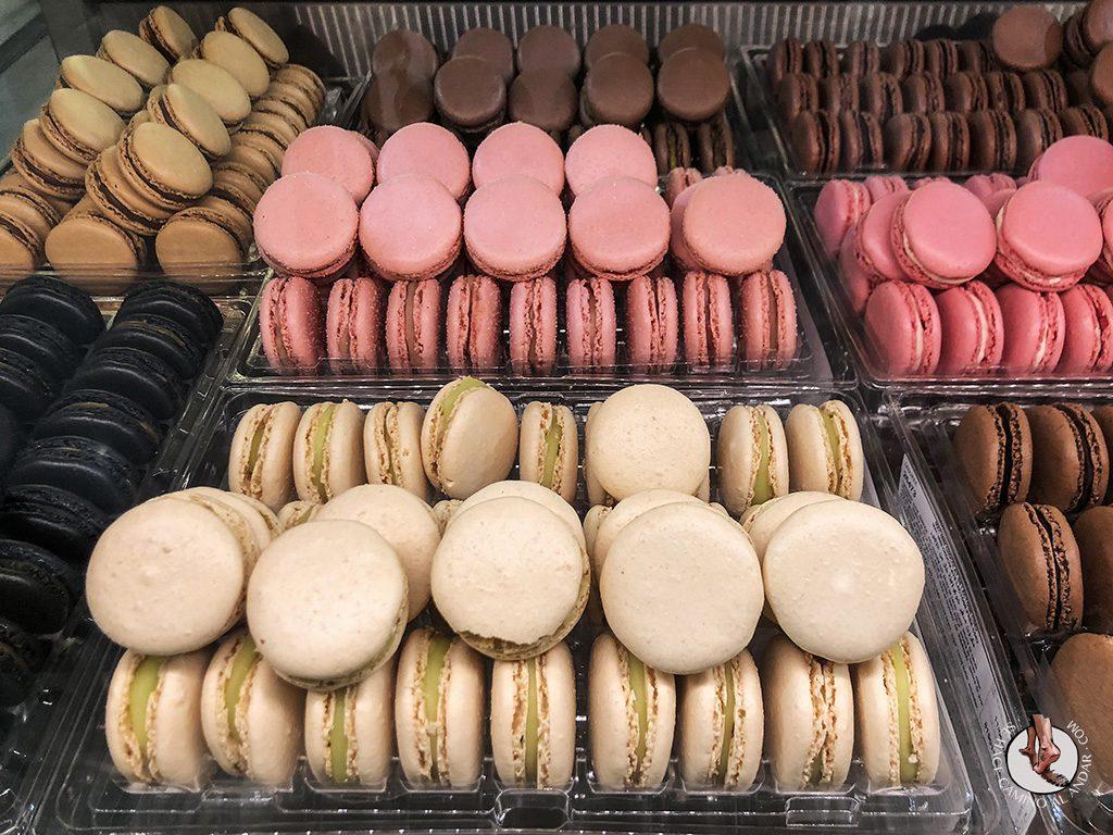 comer en Paris macaron laduree