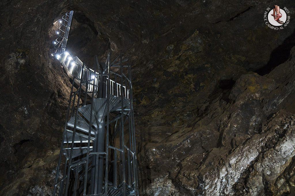 geoda de pulpi salida emergencia escaleras