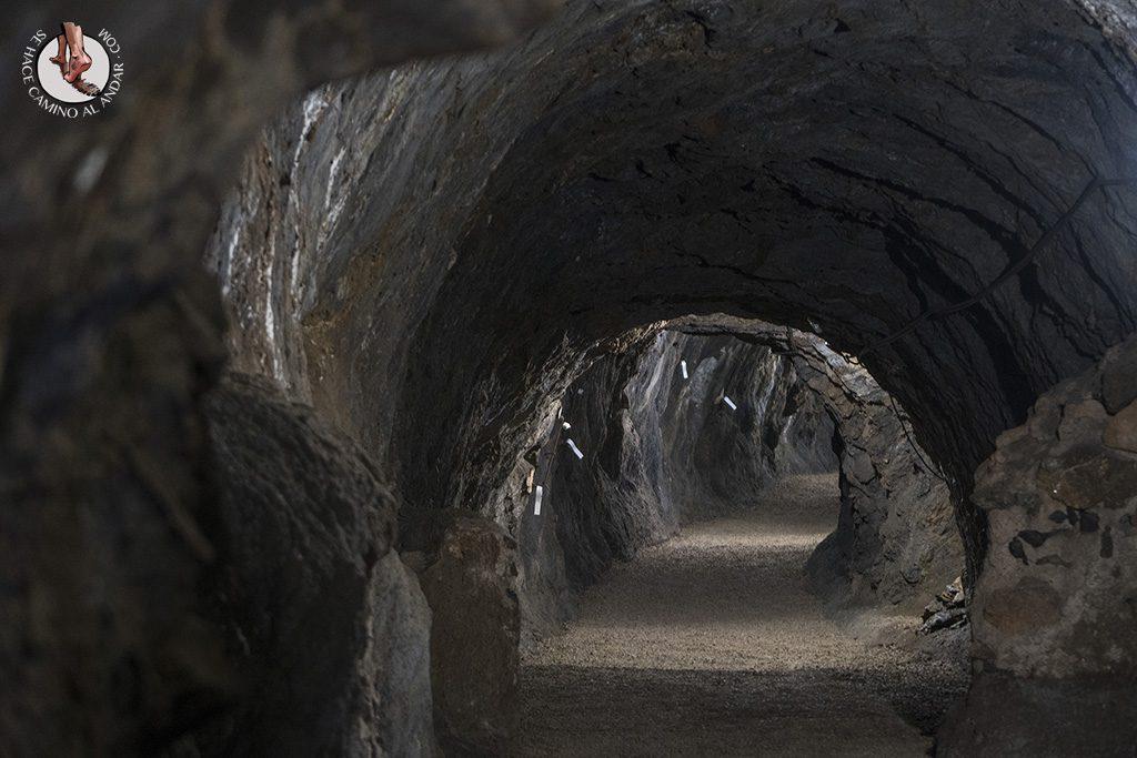 mina rica pulpi tunel entrada