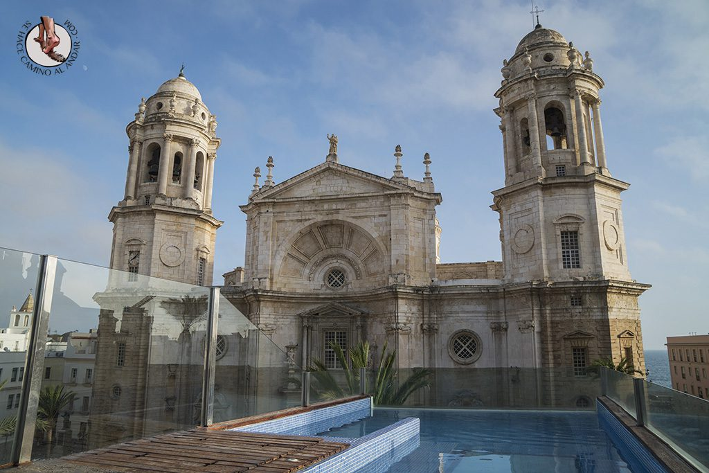 miradores de cadiz hotel la catedral piscina