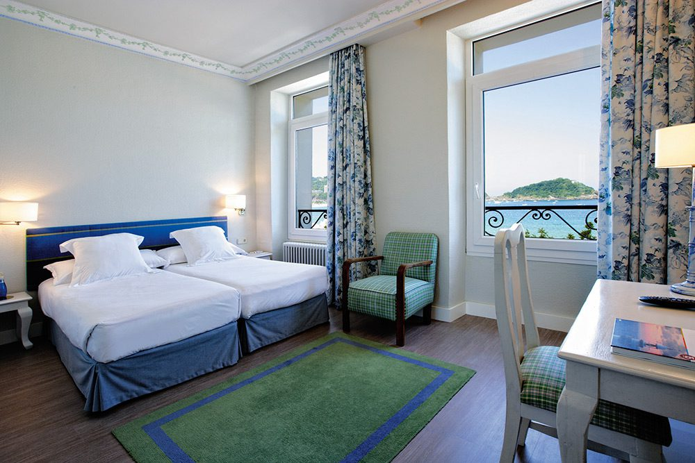 Miradores de San Sebastián Hotel Niza habitación