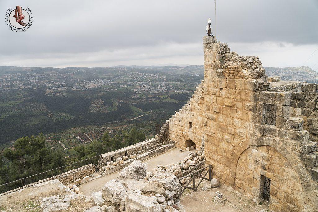organizar viaje a jordania castillo de aljun vistas
