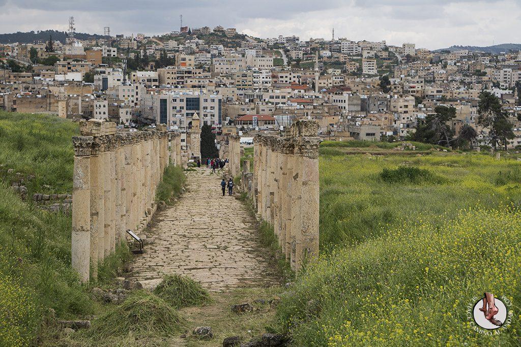 organizar viaje a jordania jerash pasadizo