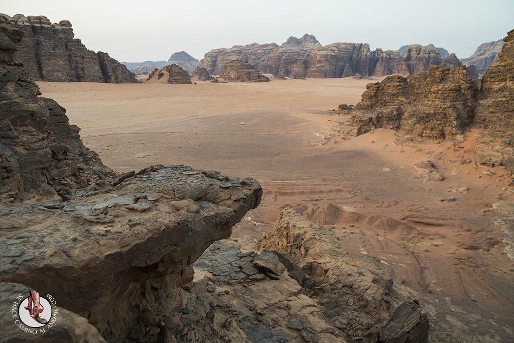 organizar viaje a jordania wadi rum rocas