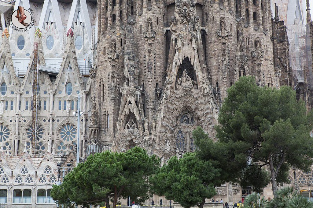 que ver en Barcelona Sagrada Familia Fachada del Nacimiento