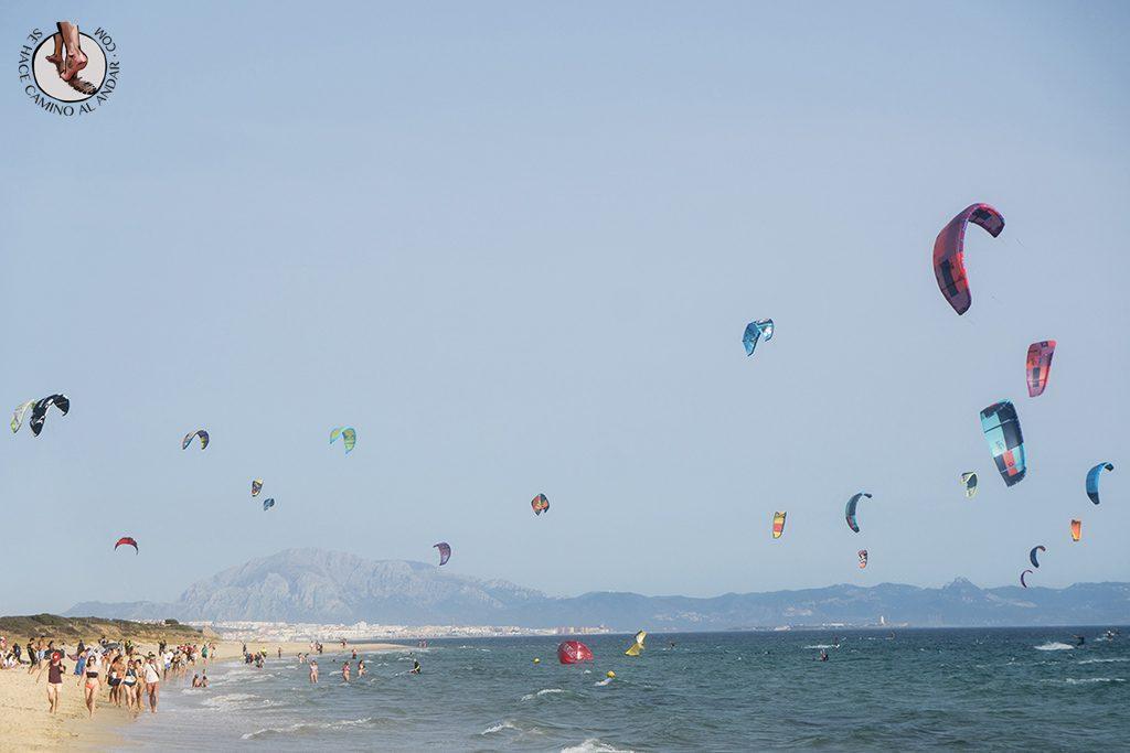 que ver en Tarifa playa valdevaqueros cometas