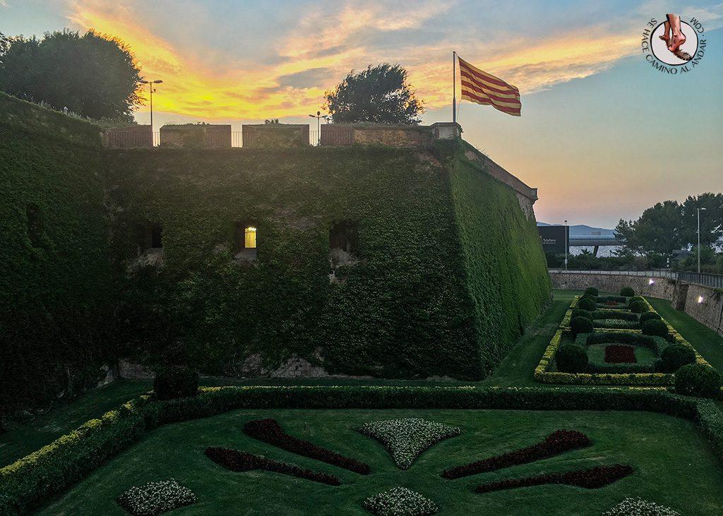 que ver en barcelona castillo montjuic