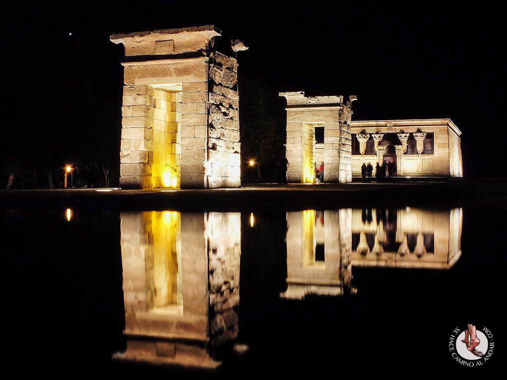 que ver en madrid templo deboh noche