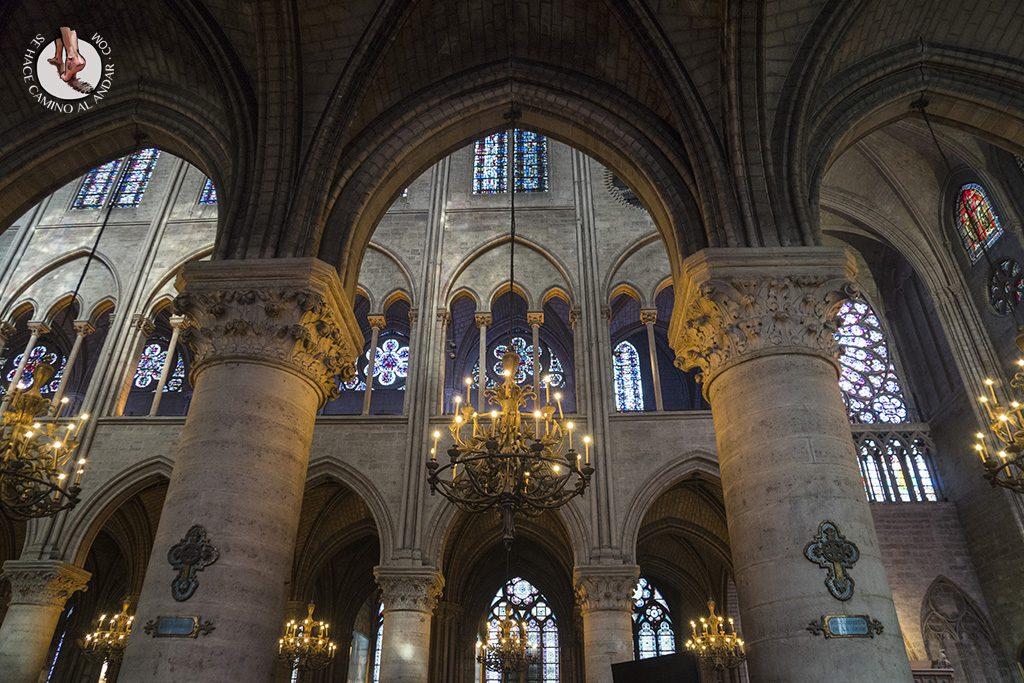 que ver en paris catedral notre dame interior