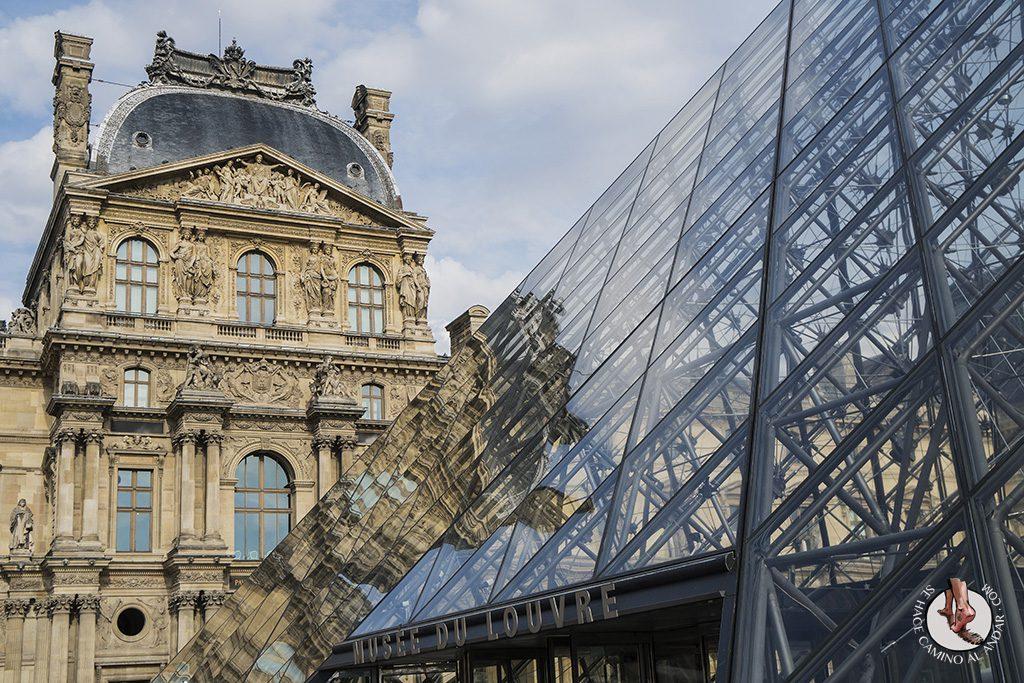 que ver en paris museo louvre entrada