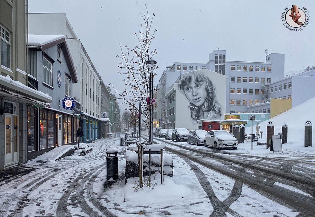 ring-road-6-7-Akureyri-graffiti