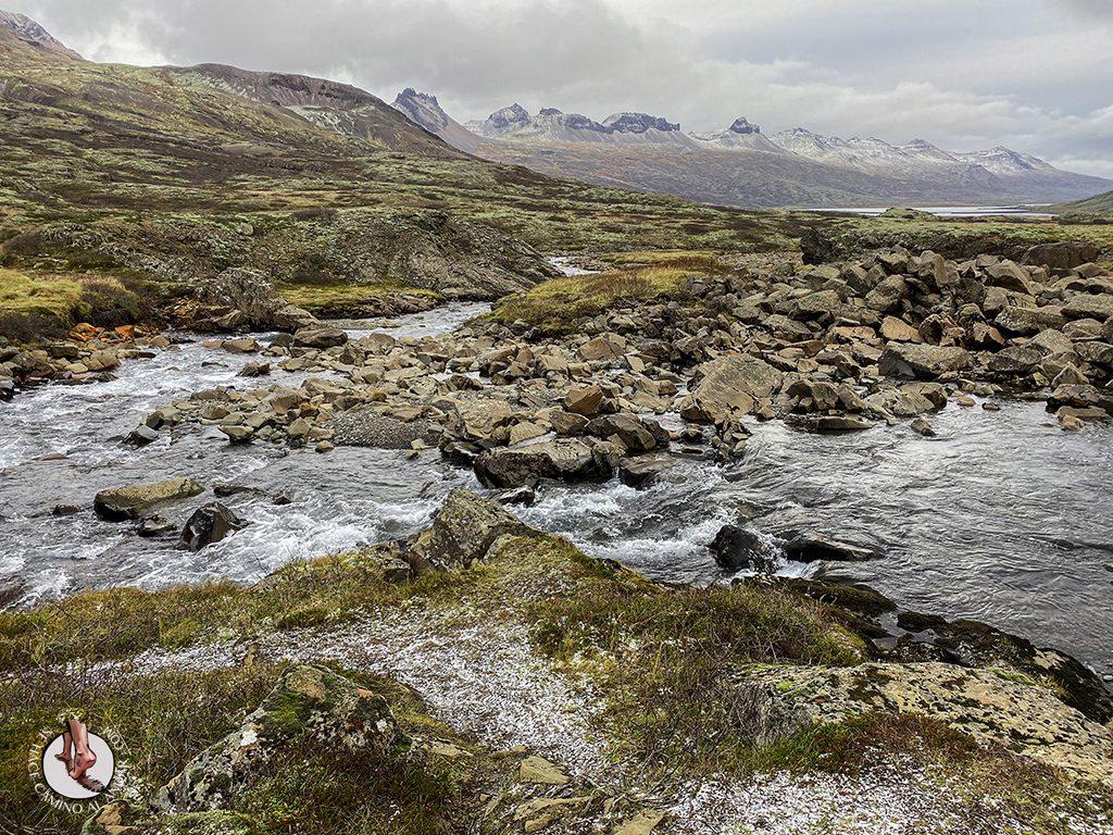 ring road islandia dia 4-7 Cascada Folaldafoss rio