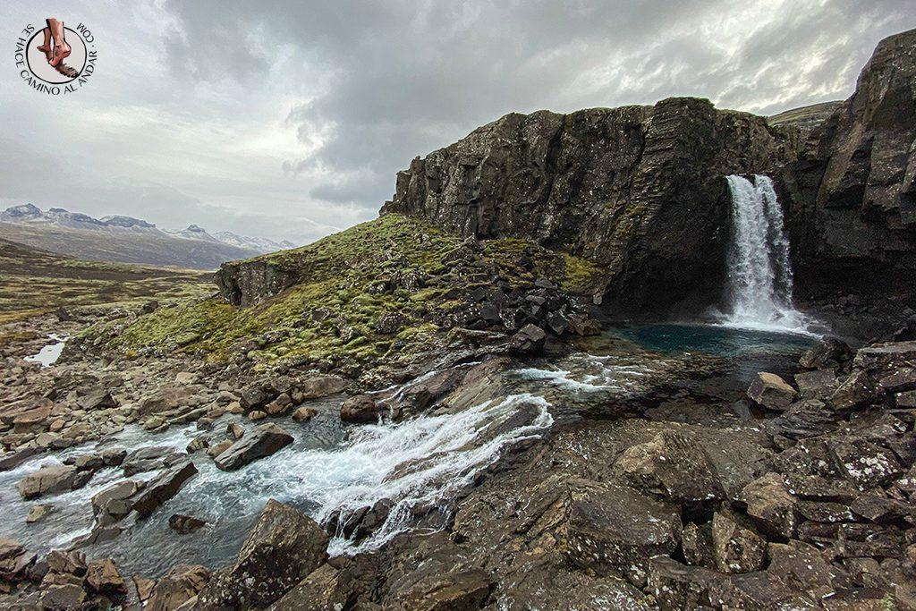 ring road islandia dia 4-7 Cascada Folaldafoss