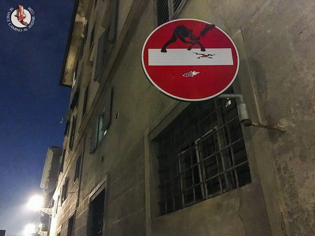 señal prohibido guitarrista