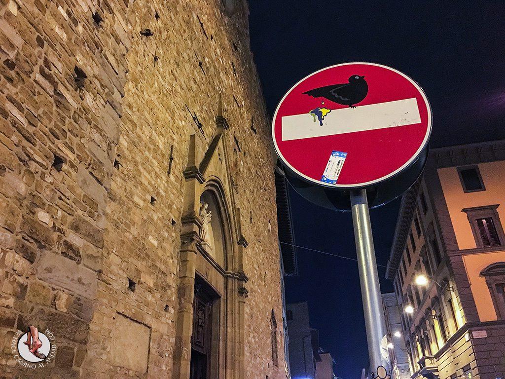 señal prohibido cagada paloma