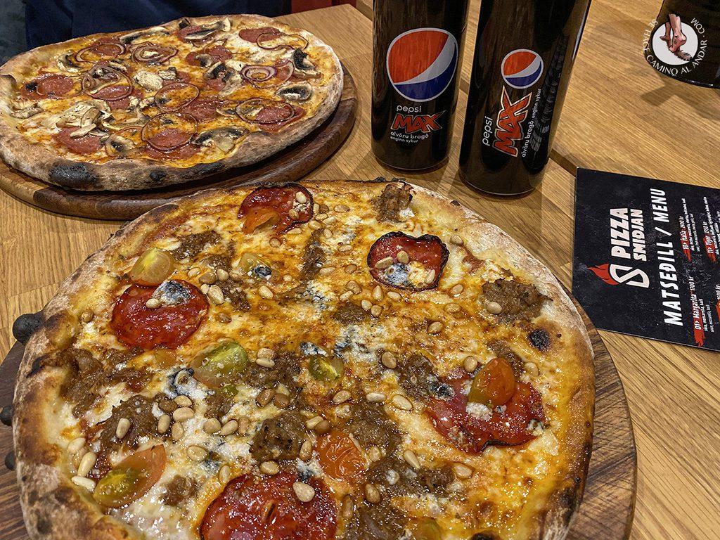 viajar a Islandia Akureyri pizza