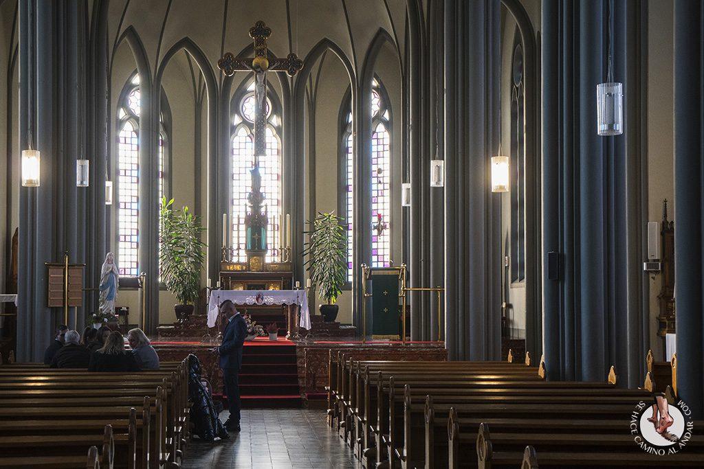 visitar reikiavik 1 dia catedral cristo rey interior
