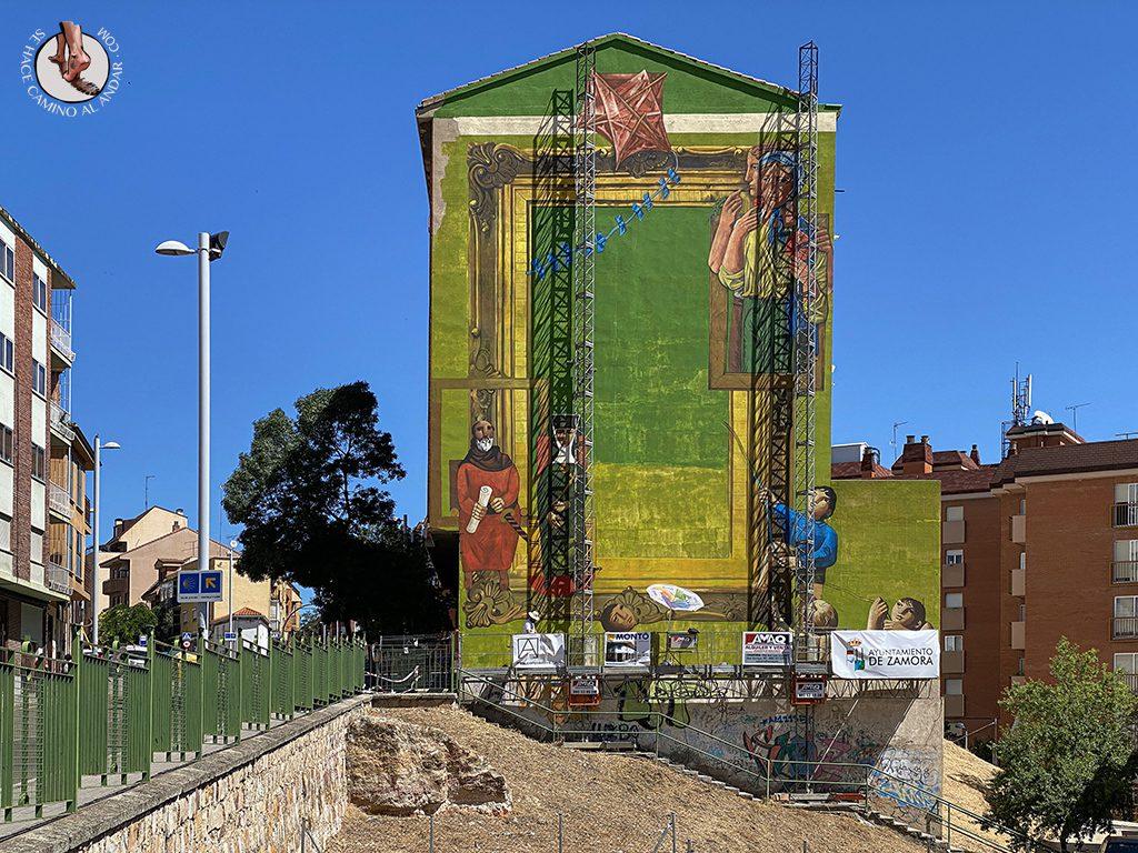 Arte urbano Zamora fachada antonio pedrero