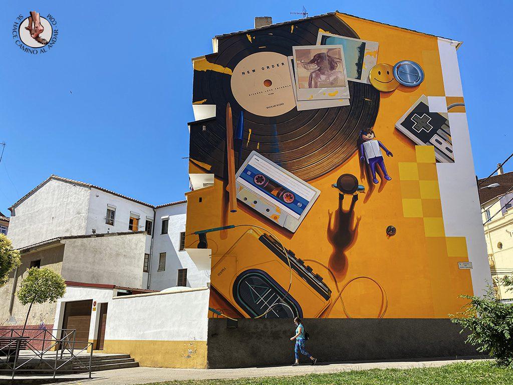 Arte urbano Zamora fachada decada 80 y 90