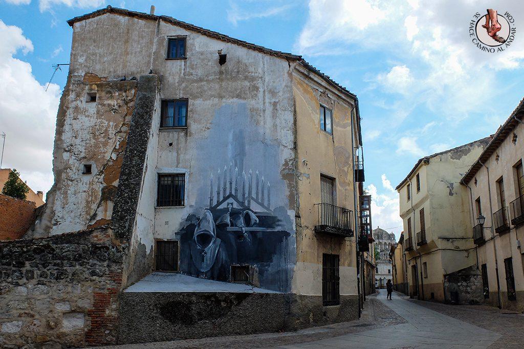 Arte urbano Zamora fachada semana santa