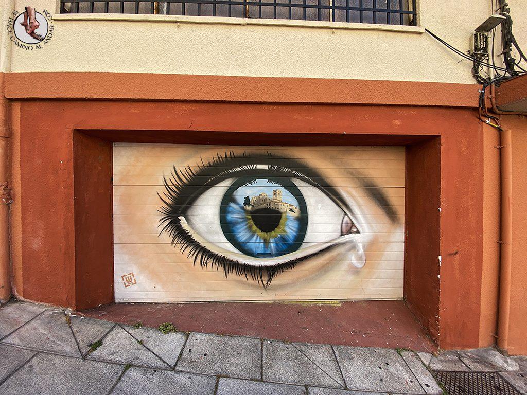 Arte urbano Zamora garaje ojo