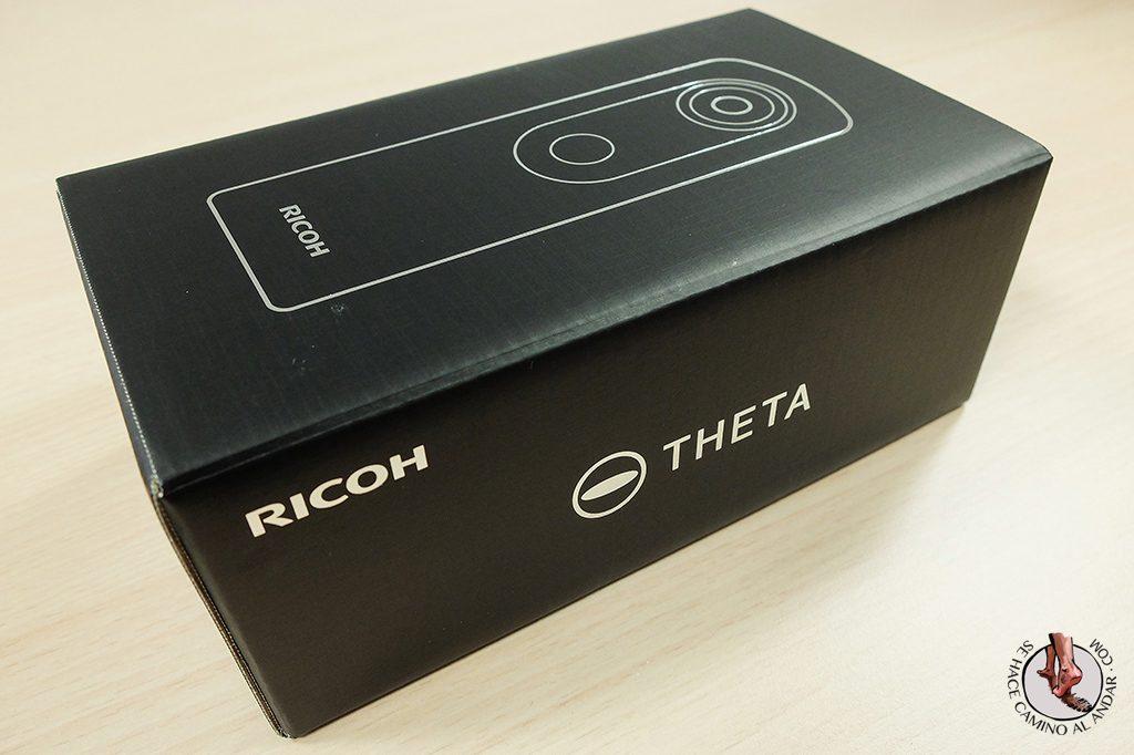 Camara 360 Ricoh Theta S caja