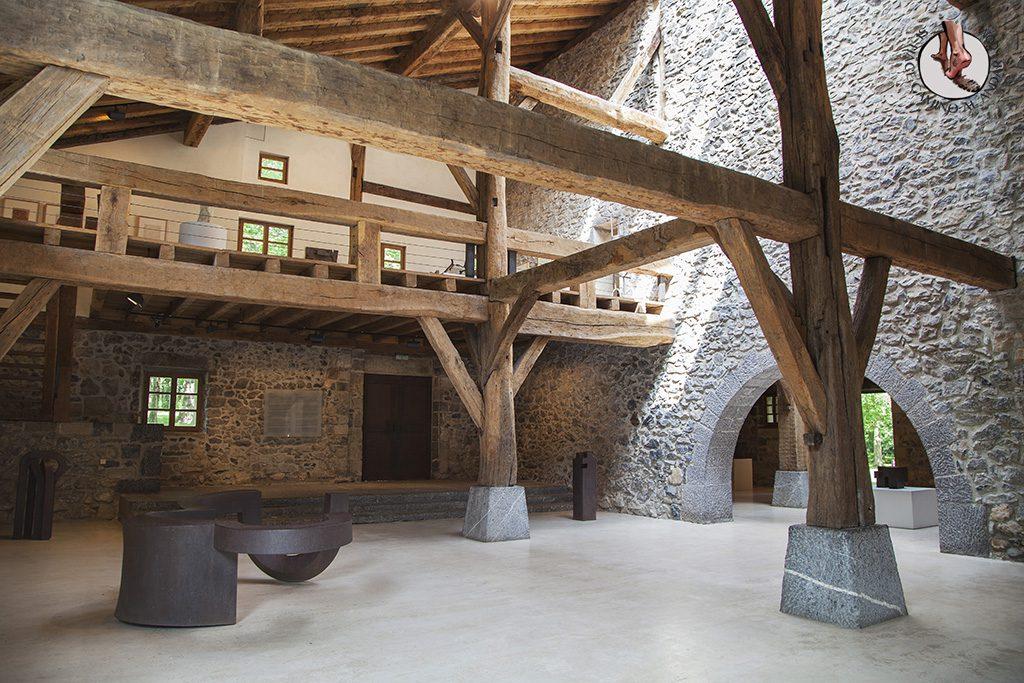 caserio-zabalaga-escultura-planta-baja